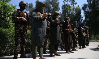 Мир! Афганистанските власти освобождават последните талибански затворници
