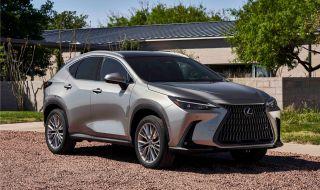 Lexus показа обновения NX с първото за марката plug-in хибридно задвижване