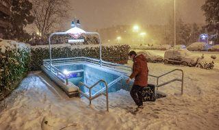 Арктически студ парализира Испания