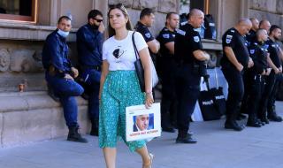 Евродепутатът Клеър Дейли: Борисов и Гешев са бандити