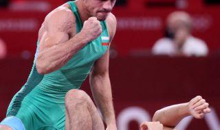 Георги Вангелов разочарован: По-хитър бе и ме надигра! - 1