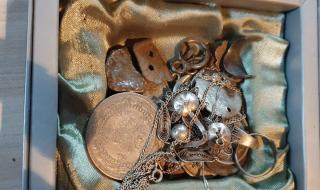 Разкриха незаконна културно-историческа колекция (СНИМКИ)