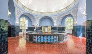 Банята в Банкя днес и преди две години (СНИМКИ)