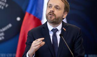 Чехия очаква маратон с Русия