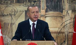 Ердоган размаха пръст срещу Макрон: Не ни учете на хуманност! - 1