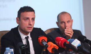 Димитър Бербатов отговори на Венци Стефанов и Лечков. Зададе и куп въпроси