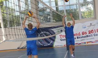 Родните волейболни тимове искат край на шампионата