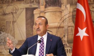 Турция: Франция укрепва позицията на Русия