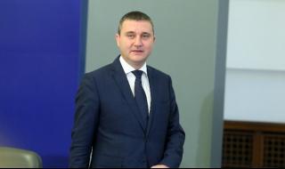 Горанов: Готвим се за негативен сценарий заради COVID-19