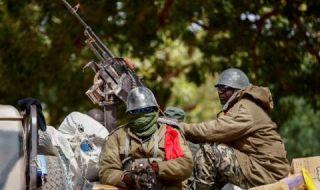 Френски сили ликвидираха около 30 джихадисти в Мали