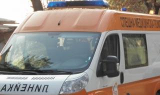Товарен камион едва не уби семейство край Разград