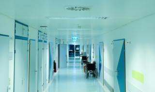"""Шофьори с температура са в болница, влезнали през ГКПП """"Дунав мост"""""""