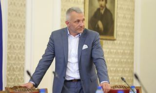 Адв. Хаджигенов се подигра със Слави Трифонов - 1