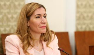 Ангелкова: Изключително тежко е състоянието на туризма