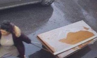 Циганка открадна сама 120-килограмова блиндирана врата