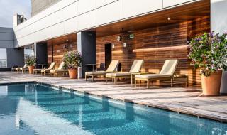 С колко вдига цената на имота наличието на басейн