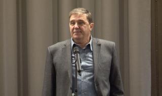 Проф. Димитър Луджев: Борисов си разчиства сметките с Радев, бори се да оцелее