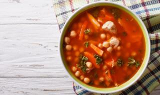 Рецепта на деня: Мароканска пилешка супа