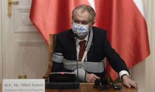 Изписват от болницата чешкия президент