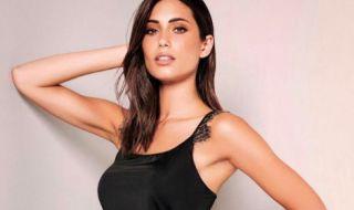 Съпругата на бивш италиански национал не спира да радва феновете с горещи кадри