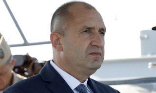 """Лидерът на """"Лява алтернатива"""": Сваляме доверието си от Румен Радев - 1"""