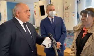 Борисов поведе кмета на Варна и социалния министър на инспекция в завод за бойлери (ВИДЕО)