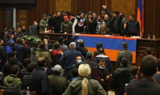 Арменският премиер е подписал