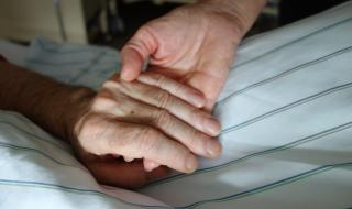 Канада отчита сериозен ръст на асистираните самоубийства