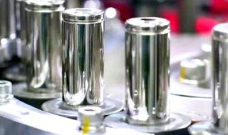 Tesla готви батерия с ресурс 1.6 млн. километра