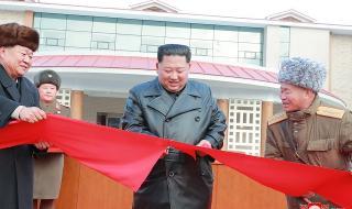 Северна Корея се похвали с модерен зимен курорт