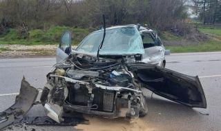 Висш шеф от АПИ оцелял в мелето с две жертви край Микре (СНИМКИ)