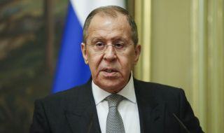 Руският външен министър на ключово посещение зад граница