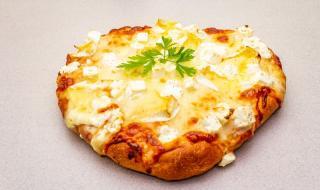 Рецепта на деня: Чеснова пърленка с настъргано сирене