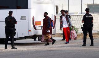 Евролидери: Мигрантите да учат езика на новата си родина