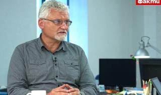 Адв. Спасов пред ФАКТИ: Гешев се саморазобличи като извършил престъпление