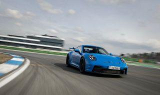 Porsche измина 5 хиляди километра с 300 км/ч