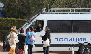 България: Ако вирусът се развилнее, последствията може да са апокалиптични