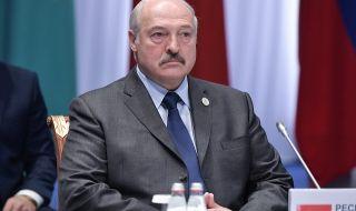 Париж обвини Лукашенко за трафик на мигранти