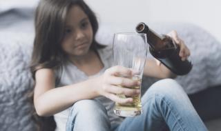 11-годишна се бори за живота си след отравяне с алкохол в Благоевград