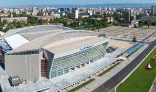 Вдигат многофункционална спортна зала на комплекс