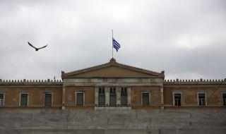 Журналисти и опозиция искат обяснение от гръцкото правителство