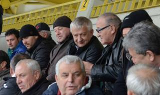 Крушарски: Ще пращаме футболистите на 4-ти километър