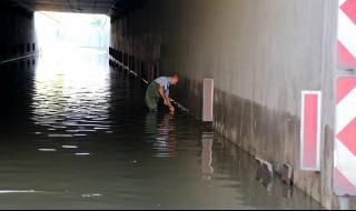 Дунев: Стигне ли водата до фаровете, викайте застраховател