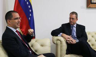 САЩ с посланик във Венецуела