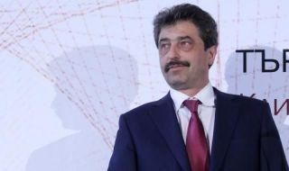 Цветан Василев: Пеевски е радиоактивен и токсичен за Борисов и ДПС
