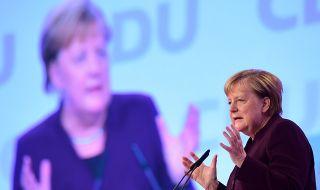 Меркел ще се ваксинира с