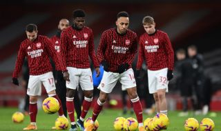 Арсенал изхвърча от ФА Къп