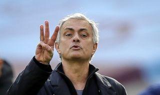 Тотнъм трудно ще уволни Жозе Моуриньо заради неустойка от 40 милиона паунда