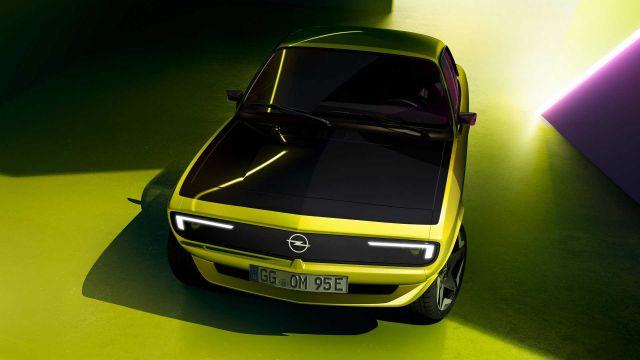 Новата Opel Manta ще има екран вместо предна решетка (ВИДЕО)