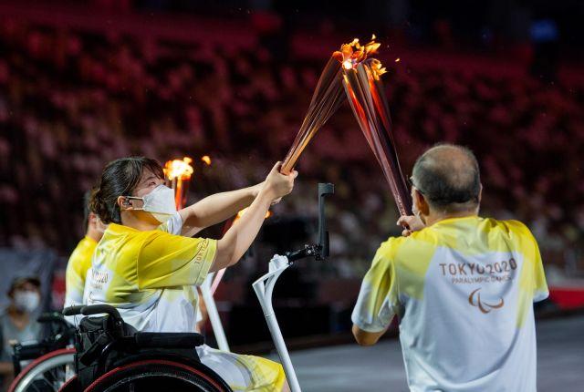 Откриха Параолимпийските игри в Токио с красива церемония (СНИМКИ)
